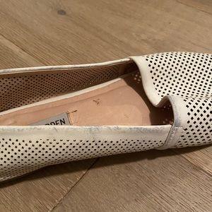 Steve Madden Shoes - Steve Madden laser-cut flats